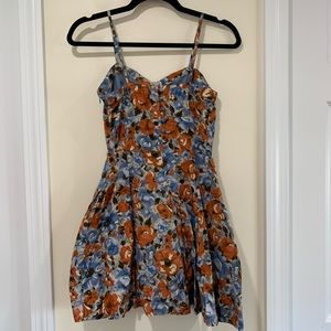 Jack gorgeous floral dress 100% rayon size small